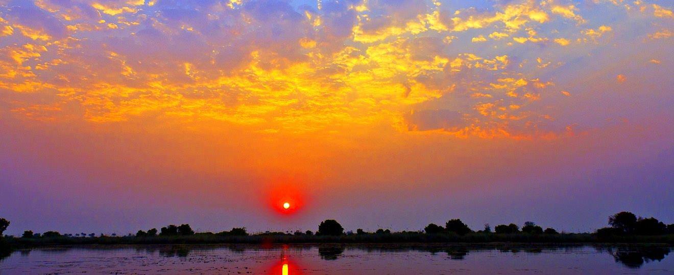 Sonnenuntergang auf Mboma-Island (© Bernd Messerschmidt / Chamäleon)